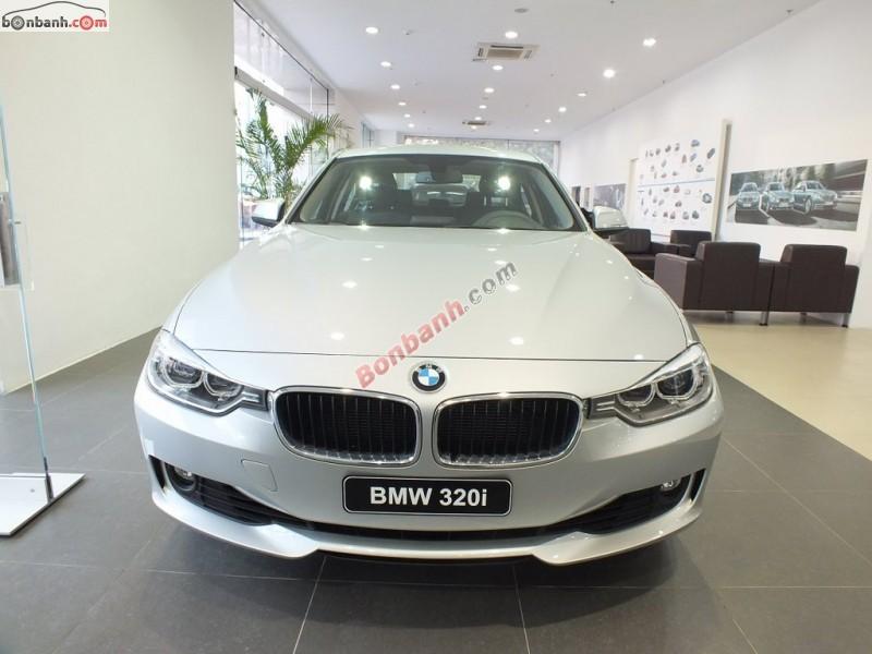 Bán ô tô BMW 3 Series 320i đời 2015, màu bạc, xe nhập, xe đẹp sang trọng