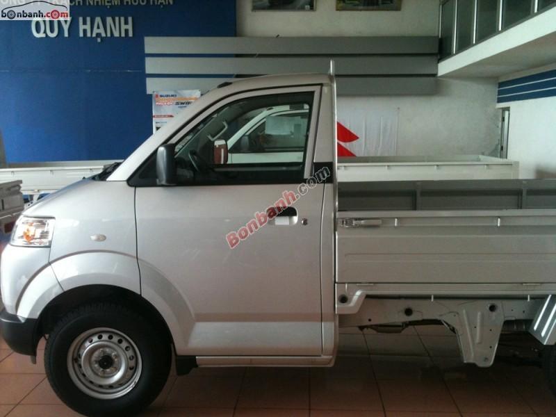 Xe Suzuki Carry 750kg 2014, màu bạc, nhập khẩu