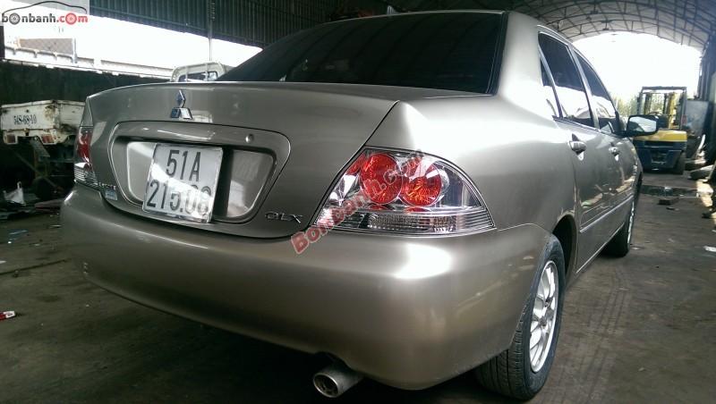 Chính chủ bán xe Mitsubishi Lancer đời 2005, màu bạc, nhập khẩu