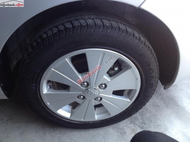 Bán xe Kia Picanto đời 2012, màu bạc, số sàn, xe đẹp như mới