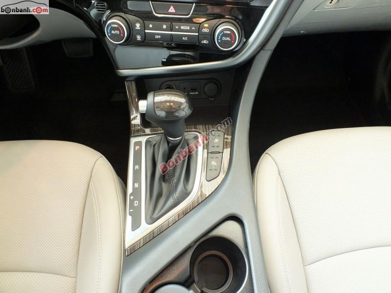 Bán ô tô Kia Optima đời 2015, màu trắng, nhập khẩu nguyên chiếc