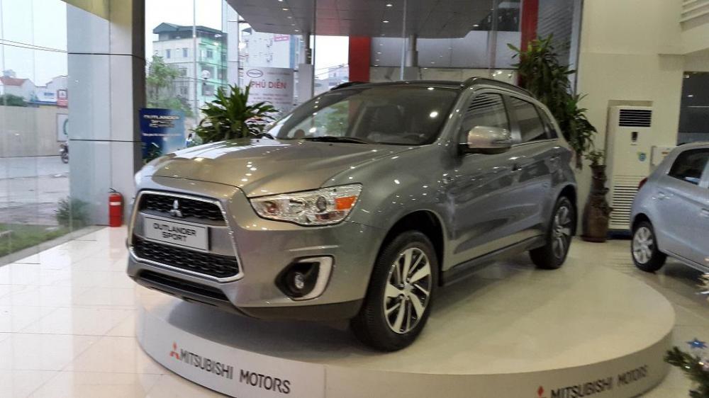 Cần bán Mitsubishi Outlander Sport Premium sản xuất 2015, nhập khẩu