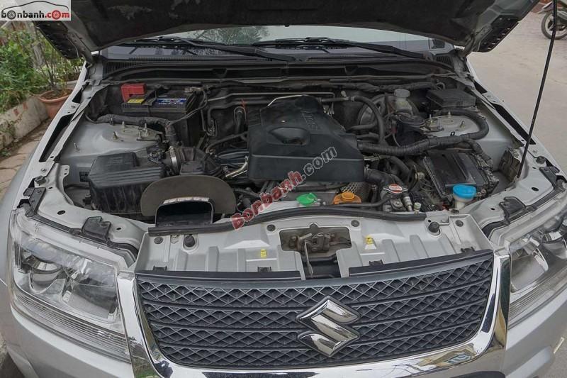 Bán ô tô Suzuki Grand vitara đời 2011, màu bạc, nhập khẩu nguyên chiếc