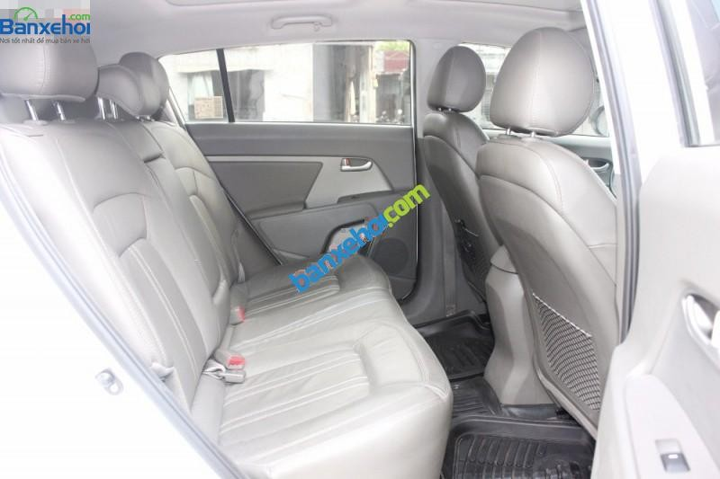 Bán Kia Sportage 2.0AT đời 2013, màu trắng, nhập khẩu chính hãng