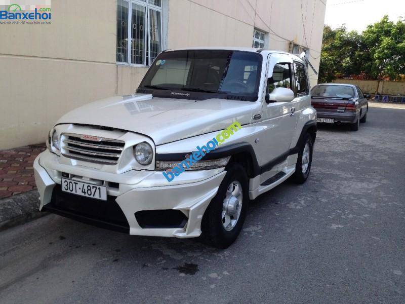 Bán ô tô Ssangyong Korando TX7 đời 2005, màu trắng, nhập khẩu