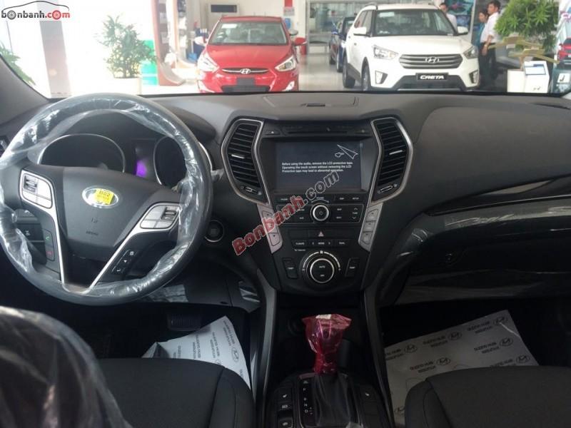 Cần bán Hyundai Santa Fe 2.2L CRDi đời 2015, màu đen