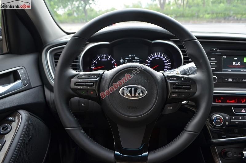 Cần bán Kia Optima 2.0 đời 2015, nhập khẩu chính hãng