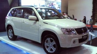Cần bán Suzuki Grand vitara đời 2015, màu đen, nhập khẩu, giá chỉ 868 triệu