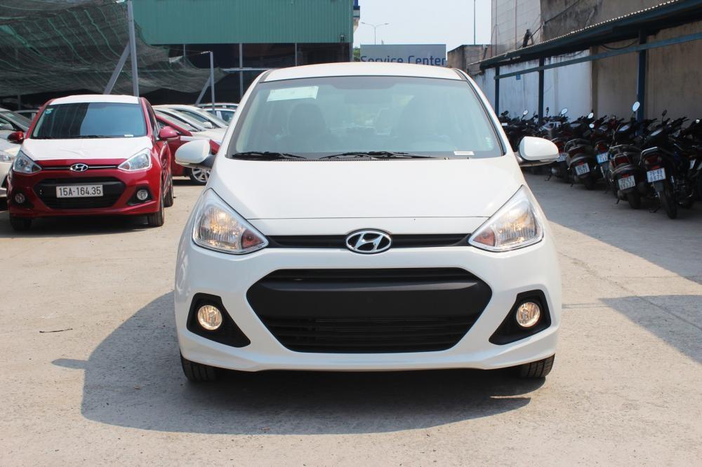 Bán Hyundai i10 2015, màu trắng, nhập khẩu, giá chỉ 387 triệu