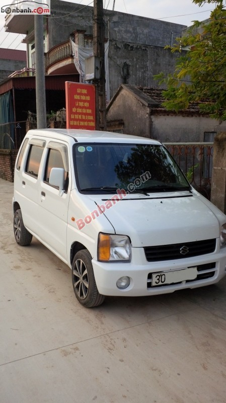 Cần bán lại xe Suzuki Wagon R đời 2003, màu trắng, nhập khẩu, giá chỉ 135 triệu