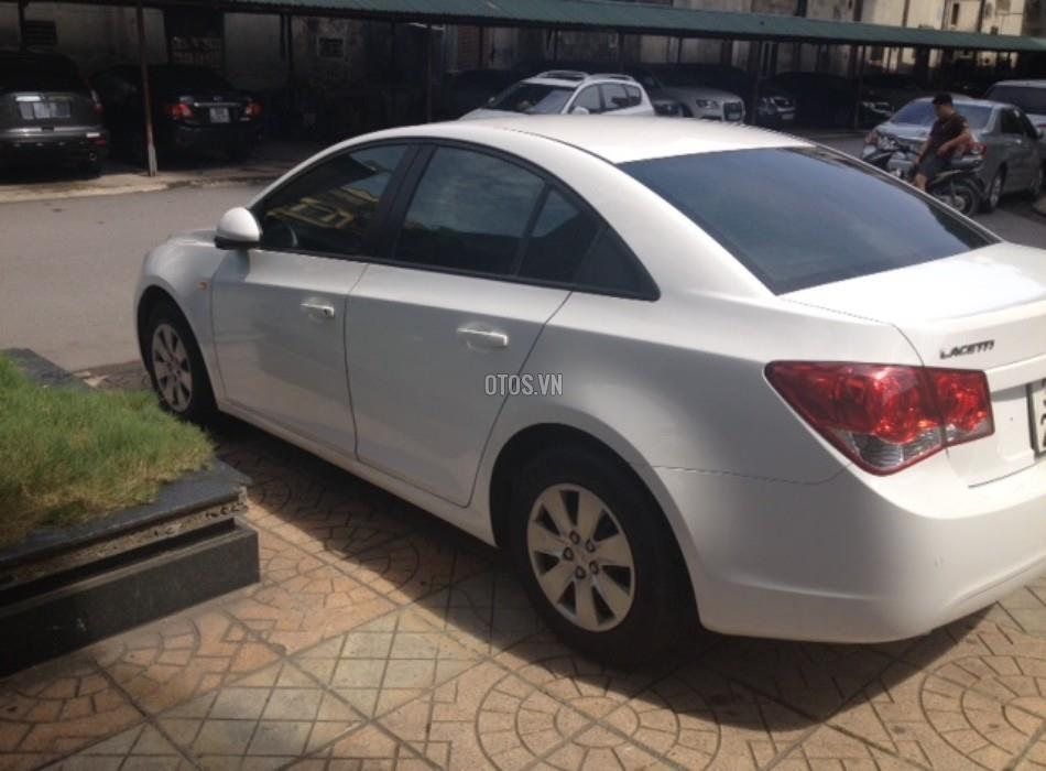 Xe Daewoo Lacetti EX-1.6 đời 2010, màu trắng