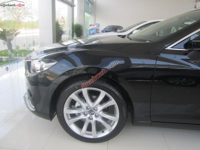 Cần bán xe Mazda 6 2.0 AT năm 2015, màu đen, giá tốt