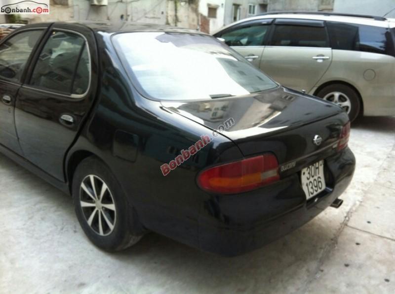 Bán Nissan Bluebird SSS sản xuất 1993, màu đen, nhập khẩu