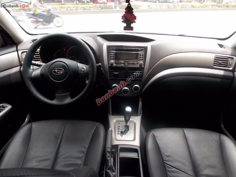 Xe Subaru Forester đời 2009, màu trắng, xe nhập, chính chủ