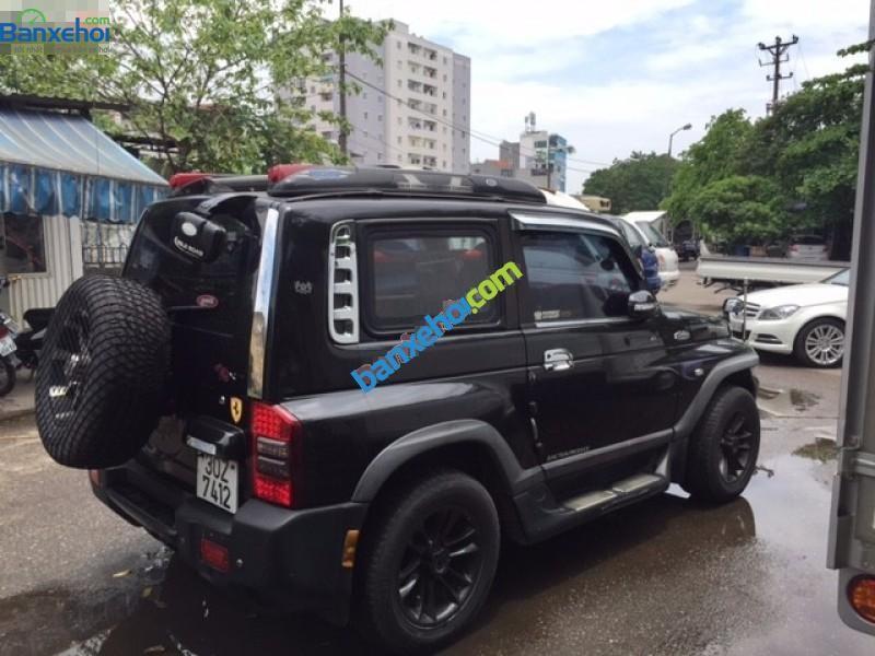Bán Ssangyong Korando đời 2005, màu đen, xe nhập, giá chỉ 400 triệu