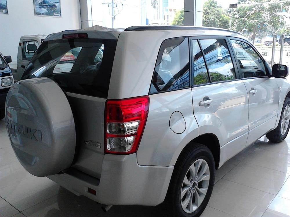 Bán ô tô Suzuki Grand vitara VVT năm 2015, màu xám, nhập khẩu nguyên chiếc