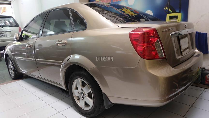 Cần bán xe Daewoo Lacetti EX-1.6 2010, màu bạc