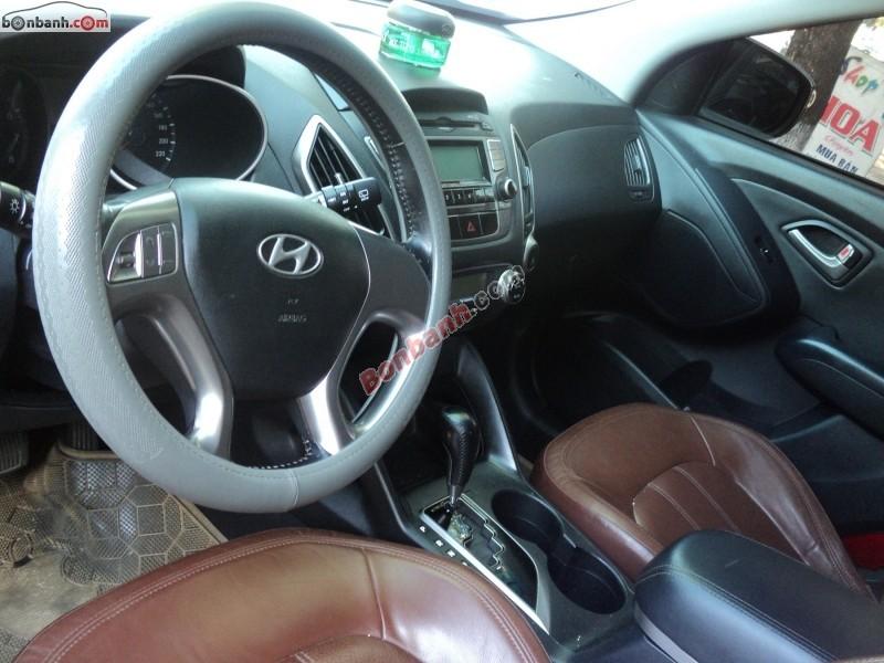Bán xe Hyundai Tucson đời 2010, nhập khẩu, giá 730Tr