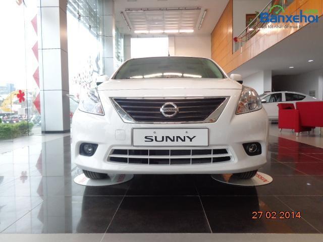 Cần bán Nissan Sunny SE đời 2015, màu trắng