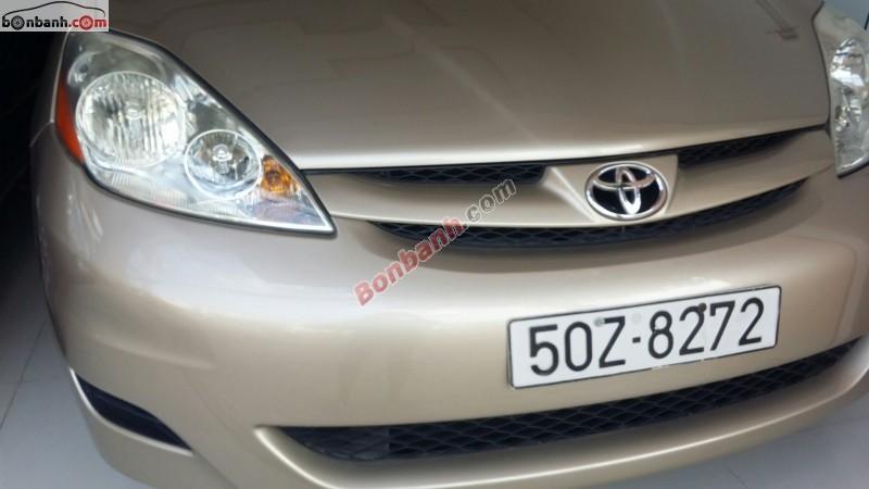 Bán Toyota Sienna LE đời 2007, nhập khẩu số tự động, 960 triệu
