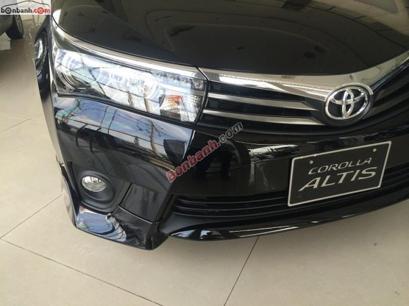 Cần bán xe Toyota Corolla Altis 2.0V đời 2016, màu đen giá tốt