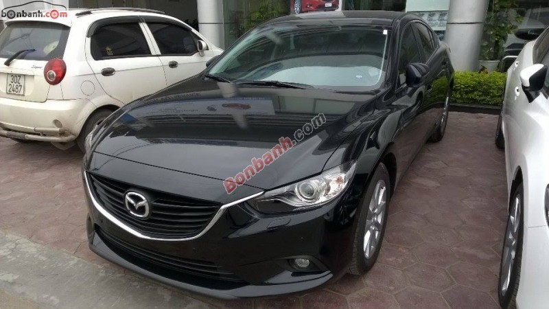 Cần bán Mazda 6 2.5L sản xuất 2015, màu đen