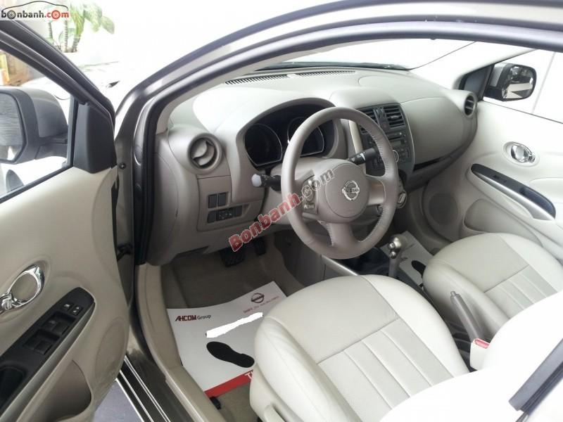 Bán xe Nissan Sunny XV đời 2015, màu đen, giá bán 545 triệu
