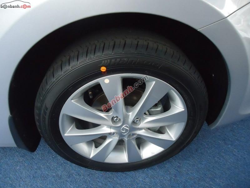 Bán ô tô Hyundai Accent 1.4MT đời 2015, màu bạc, nhập khẩu nguyên chiếc