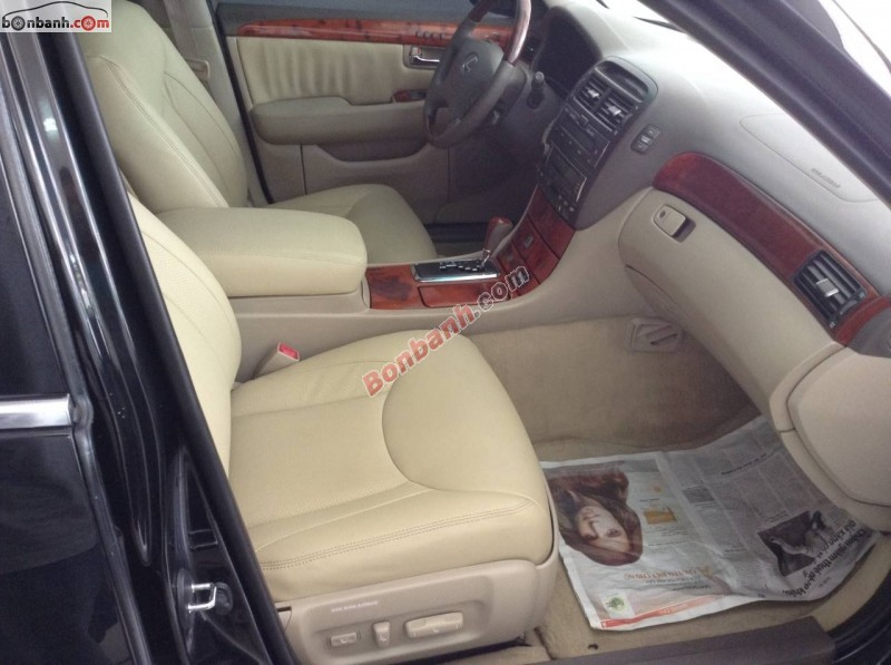 Cần bán xe Lexus LS đời 2003, màu đen, xe nhập
