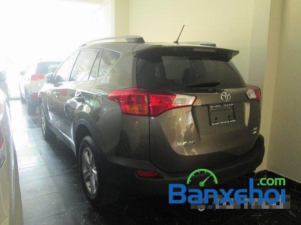 Salon Auto Thanh Thiên Phú bán Toyota RAV4 đời 2014, màu nâu, xe nhập, đã đi 11200 km