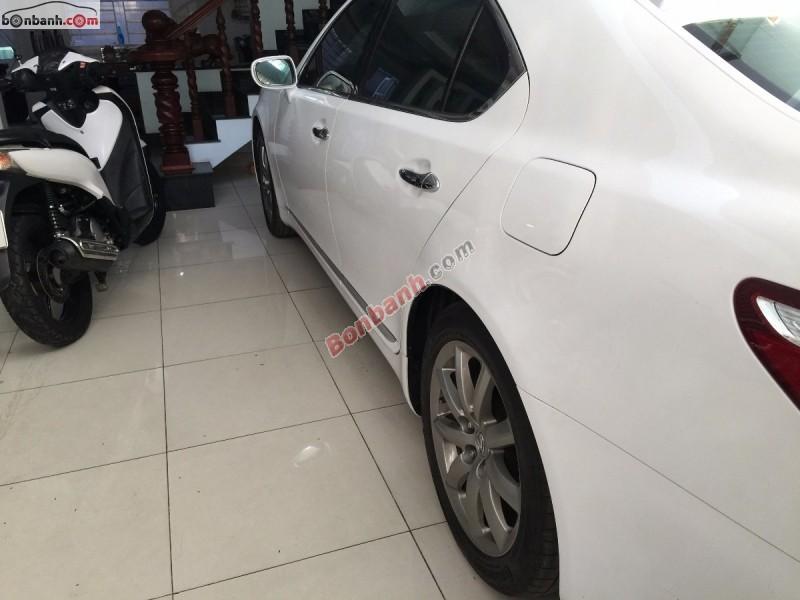 Cần bán Lexus LS 460L đời 2007, màu trắng, nhập khẩu