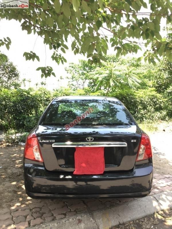 Cần bán lại xe Daewoo Lacetti đời 2010, màu đen, xe gia đình