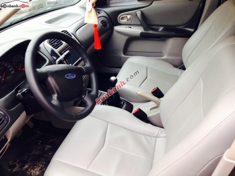 Cần bán gấp Ford Laser đời 2003, màu đen