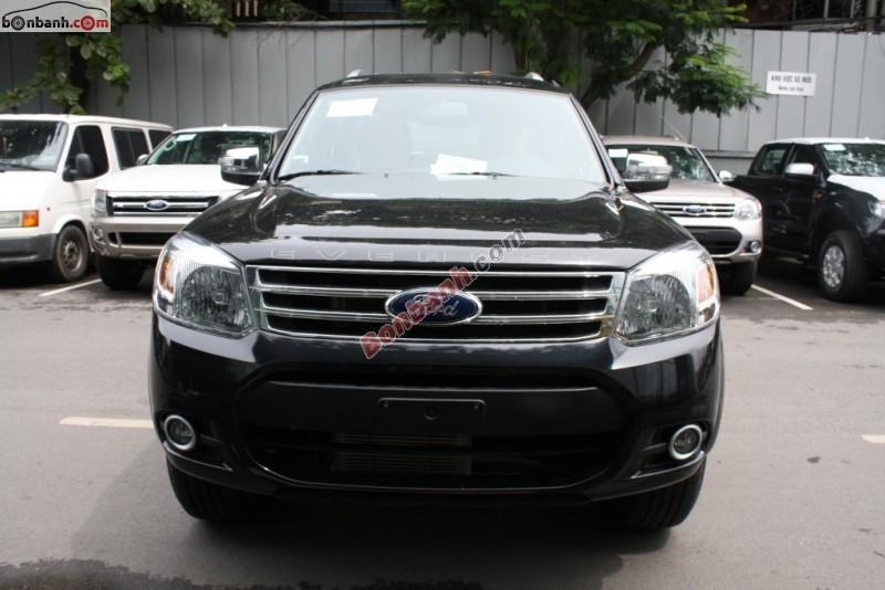 Cần bán xe Ford Everest 4x2 MT đời 2015, màu đen, giá tốt gọi ngay 0976 818 148