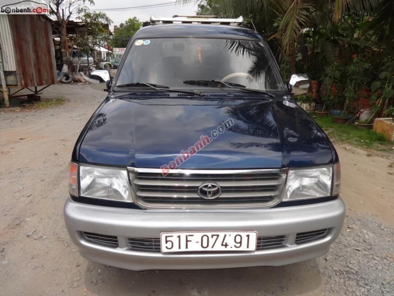 Cần bán xe Toyota Zace GL đời 2000, nước sơn còn zin 80%