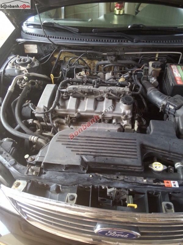 Cần bán Ford Laser 1.8MT đời 2004, màu đen, giá 315Tr