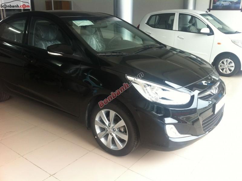 Cần bán Hyundai Accent MT đời 2015, màu đen, nhập khẩu nguyên chiếc