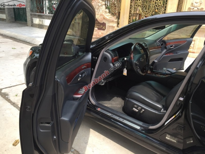 Chính chủ cần bán Lexus LS 460L đời 2008, màu đen, nhập khẩu