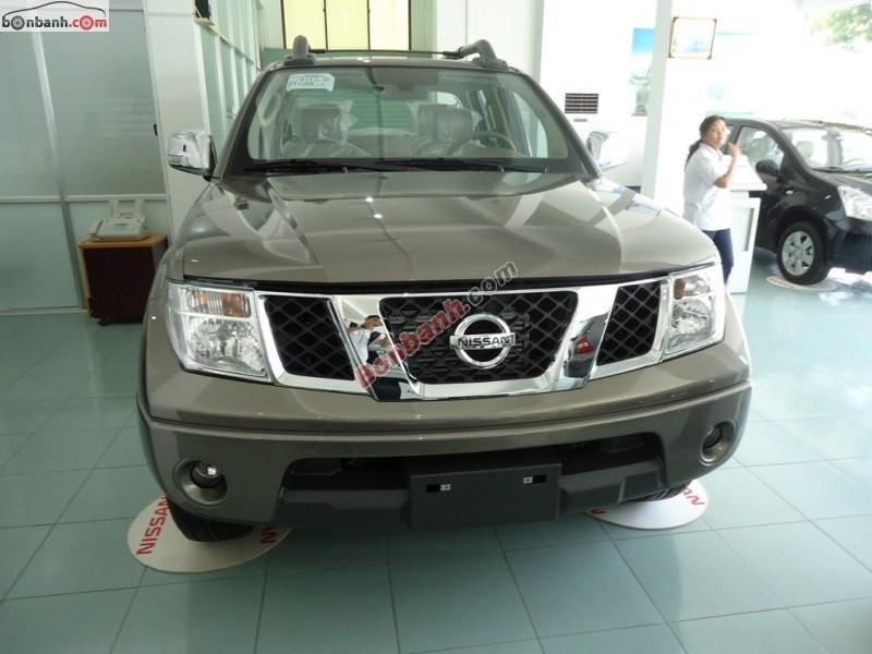 Bán xe Nissan Navara 2.5 năm 2014, màu xám, nhập khẩu chính hãng, 710 triệu