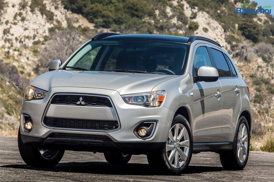 Cần bán xe Mitsubishi Outlander CVT 2015, màu trắng, nhập khẩu