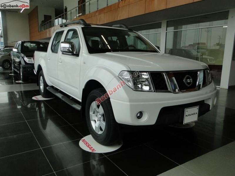 Cần bán Nissan Navara đời 2014, màu trắng, nhập khẩu