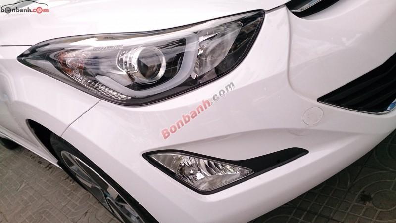 Cần bán xe Hyundai Elantra GLS 1.8 sản xuất 2015, màu trắng, xe nhập