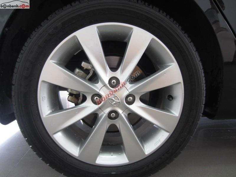 Bán xe Hyundai Accent 1.4 AT đời 2015, màu đen, xe nhập