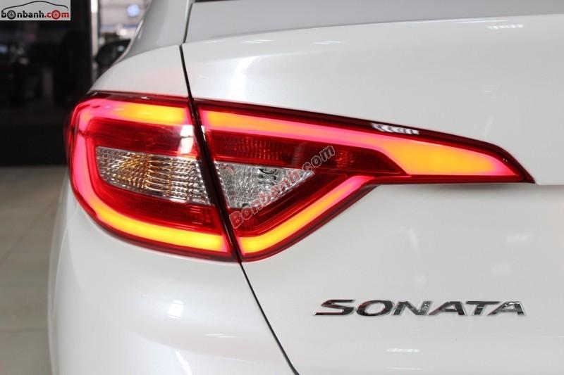 Cần bán xe Hyundai Sonata AT đời 2015, màu trắng, nhập khẩu chính hãng