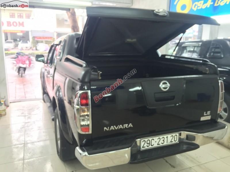 Bán Nissan Navara LE đời 2012, màu đen, xe nhập