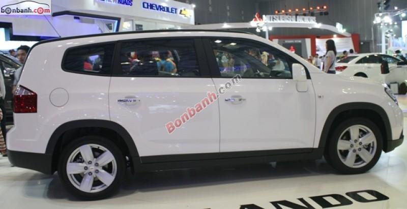 Cần bán xe Chevrolet Orlando LTZ 2015, màu trắng