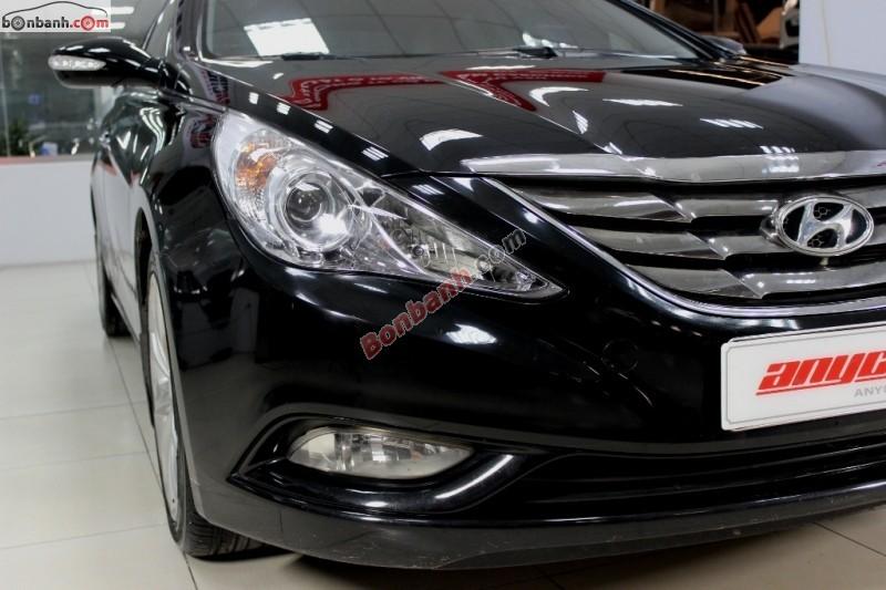 Bán Hyundai Sonata đời 2010, màu đen, xe nhập số tự động