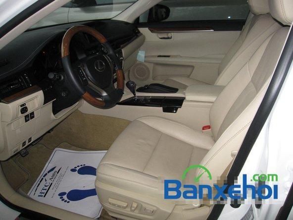 Cần bán Lexus ES 300H đời 2014, màu trắng, nhập khẩu nguyên chiếc