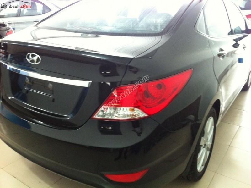 Cần bán xe Hyundai Accent 1.4AT đời 2015, màu đen, nhập khẩu nguyên chiếc