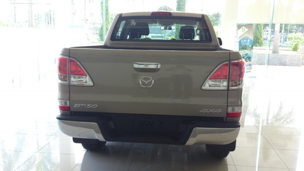 Cần bán Mazda BT 50 2.2L 4WD MT đời 2014, nhập khẩu nguyên chiếc
